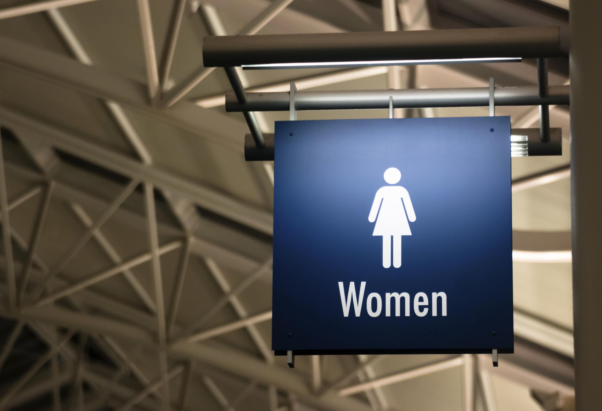 La verità sulle donne ai bagni pubblici | Pensieri e Parole Famose